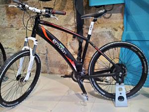 Bicicleta eléctrica BH-Emotion Xtreme, una bicicleta de montaña con asistencia al pedaleo con la que las subidas parecen bajadas.